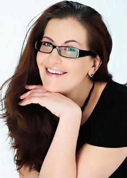 Алиса Ушакова - полная биография