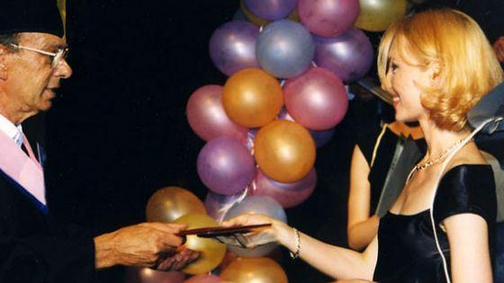 Elena Ksenofontova at the graduation of VGIK (1998)