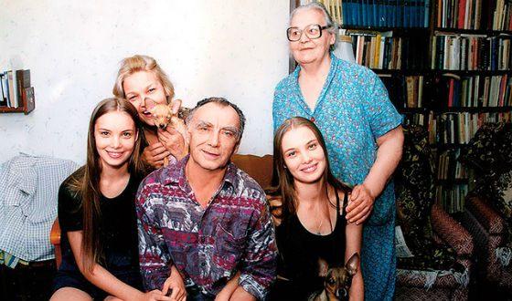 Семья Татьяна Арнтгольц: родители, сестра и бабушка