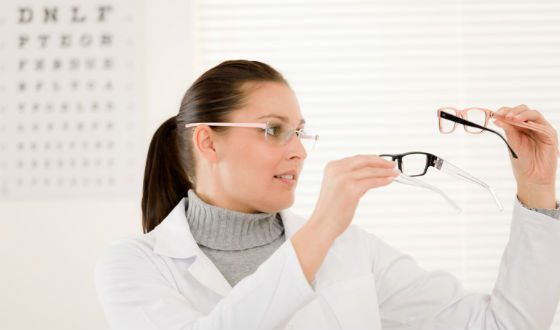 Determining how your eyesight has deteriorated is easy.