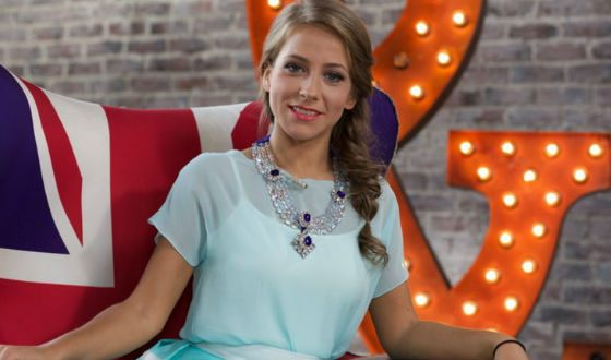 Звезда российского телевидения Юлия Барановская