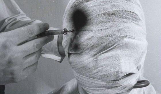 Rudolf Schwarzkogler investigated the themes of violence, body and pain