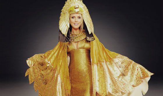 Heidi Klum on Halloween 2012: Hurricane from Egypt