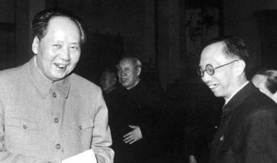 A few years before the death of Pu Yi, he met with Mao Jie Dong