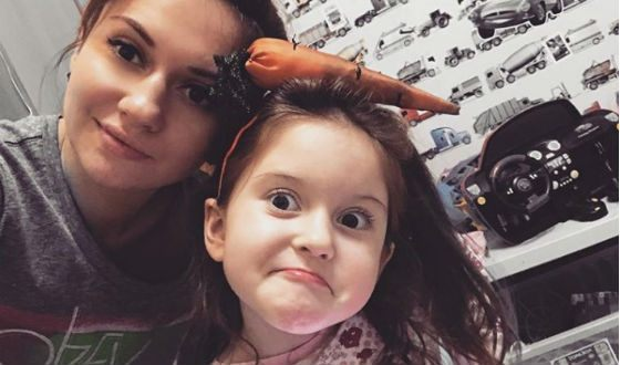 «Ранетка» Аня Руднева показала подросших детей