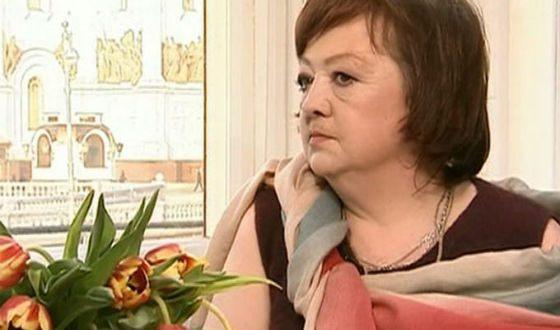 Могилу Людмилы Гурченко могут вскрыть ради похорон ее дочери
