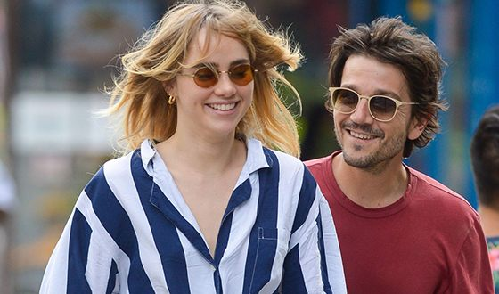 Suki Waterhouse and Diego Luna