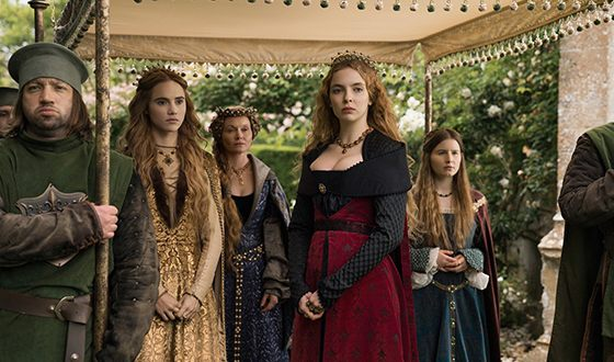 A frame from the movie «The White Princess» with Suki Waterhouse