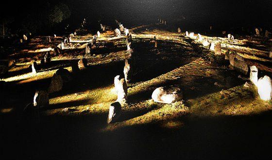 Во французской провинции Бретань находится мегалитический памятник