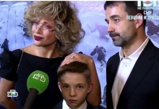 Olga Drozdova, Dmitry Pevtsov with her son