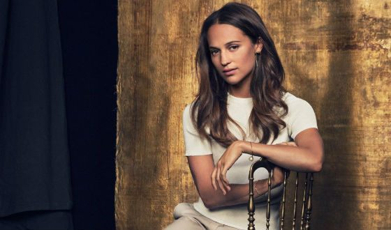 Alicia Vikander starred in the drama «Euphoria»
