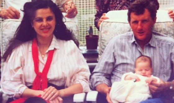 Very young Kaya Scodelario with her parents