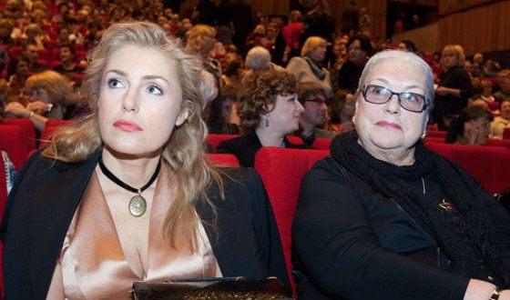 На фото: Мария Шукшина и Лидия Федосеева-Шукшина