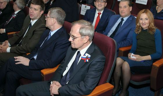 In the photo from left to right: Minister of Justice Konovalov A.V., Prosecutor General Chaika Y.Ya., Chairman of the Constitutional Court of the Russian Federation Zorkin V.D., lawyer Karamzin KF, Senator Alexandrov A.I., State Duma Deputy Yarovaya I. .A.