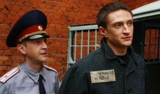 """Timofey Tribuntsev and Yuri Chursin in the TV series """"Escape"""""""