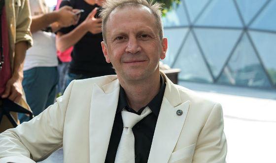 Timofey Tribuntsev on the set of the Kilimanjara tape
