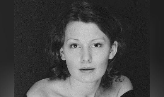 The wife of Timofey Tribuntsev, Olga Tenyakova, also an actress