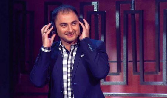 Бывший КВНщик, резидент Comedy Club Демис Карибидис