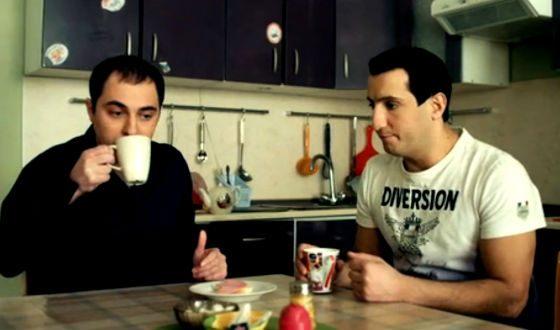 Демис Карибидис в сериале «Универ: новая общага» (4 сезон, 10 серия)