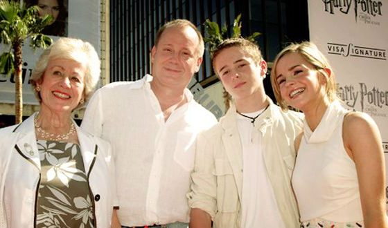 Emma Watson with her parents and younger brother Alex