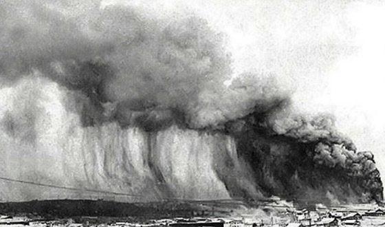 Топ 10 самых больших в мире цунами