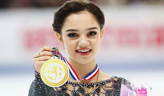 A figure skater Evgenia Medvedeva is the hope of the Russian team