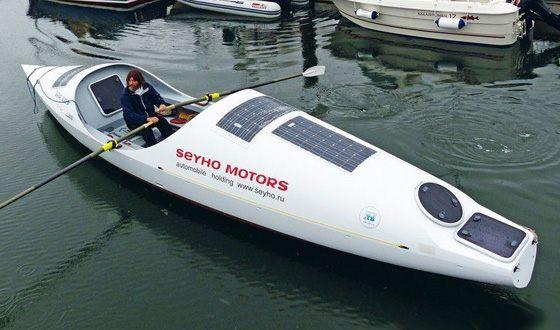 Fedor Konyukhov on the rowing boat