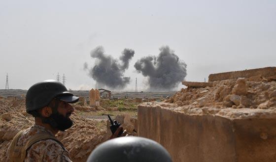 ВВС США уничтожили автоколонну проправительственных войск в Сирии