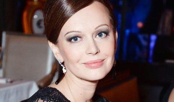 Ирина Безрукова откровенно поведала оботношениях сбывшим мужем