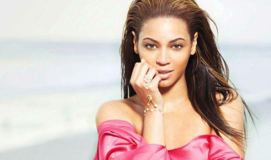 Beyoncé – singer, actress, mother