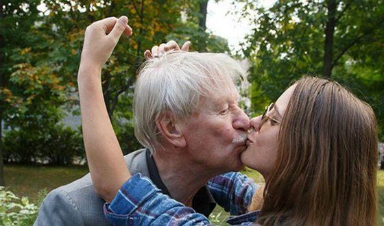 Молодая супруга Ивана Краско сообщила, что желает уйти отмужа