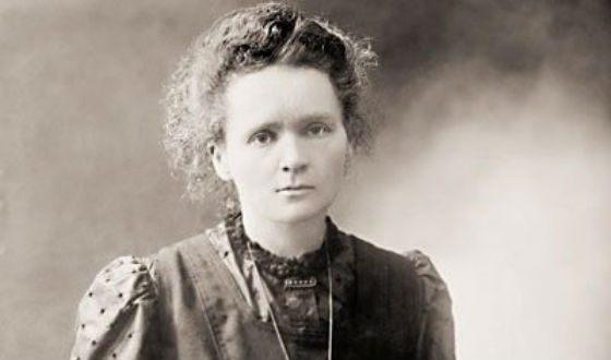 Maria Sklodovskaya-Curie wore a radioactive pendant around her neck