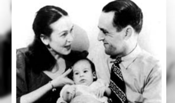 Oliver Stone with his parents
