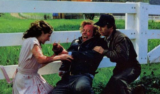 A scene from The Hand (1981)