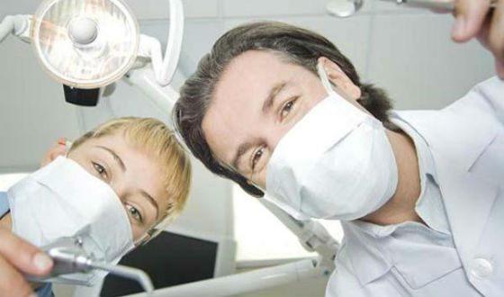 Врачи-стоматологи всегда востребованы на рынке труда