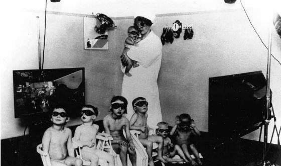 Менгеле проводил опыты над детьми, большинство из которых заканчивалось смертью