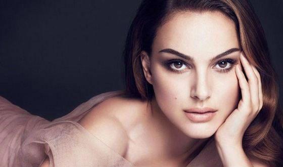 Нежная очень красивая женщина за 30 выглядит очень классно порно видео
