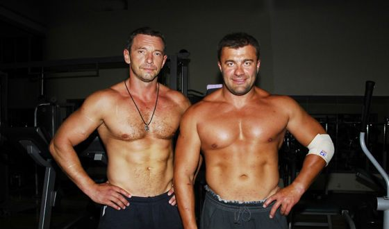 In the photo: Maxim Drozd and Mikhail Porechenkov