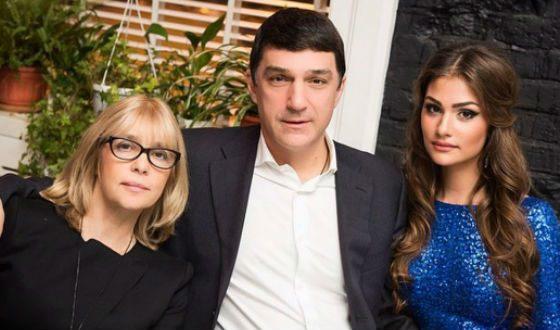 Вера Глаголева с мужем Кириллом Шубским и дочерью Настей