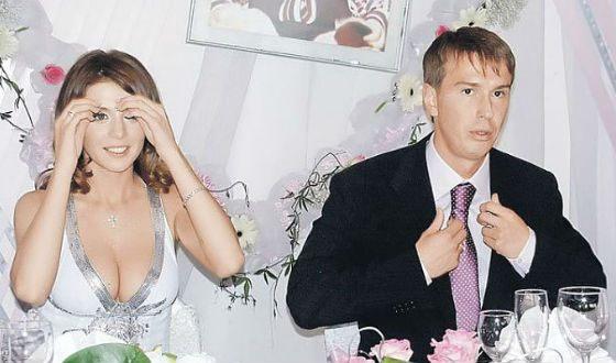 Свадьба Анны Седоковой равным образом Валюша Белькевича