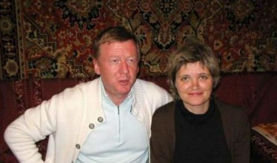Anatoly Chubais, Avdotya Smirnova and the carpet