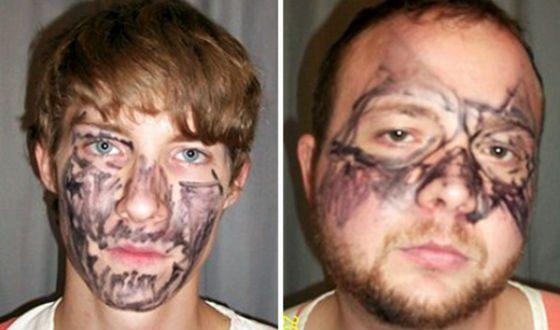 Грабители раскрасили лица маркерами