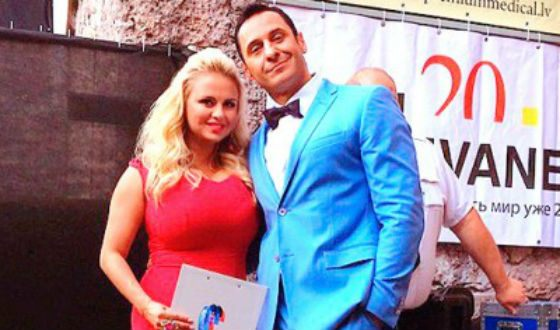 Стас Костюшкин и Анна Семенович на фестивале «Новая волна»