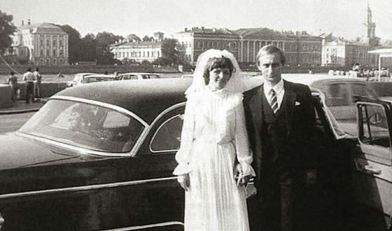 Vladimir and Lyudmila Putin on their wedding day on the Neva boardwalk
