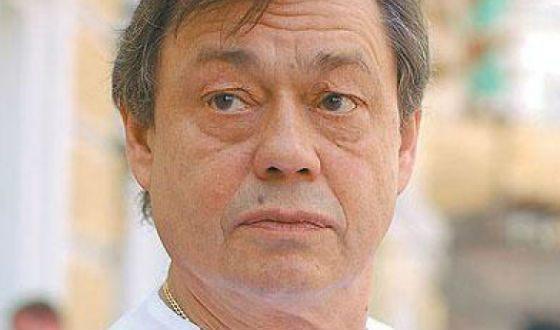 В 2005 Николай Караченцов попал в страшную аварию
