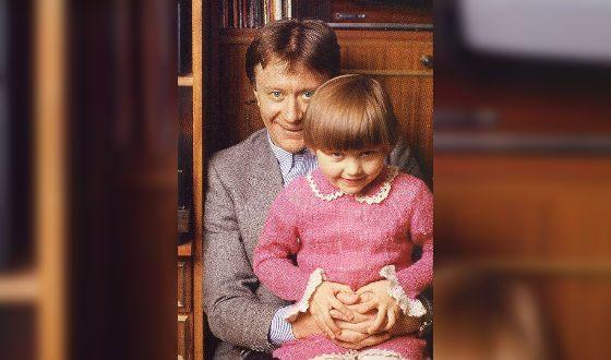 Little Masha Mironova with father Andrey Mironov