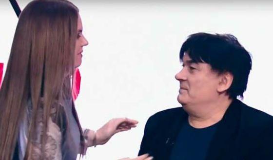 Александр Серов считает, что Валентина могла от него родит