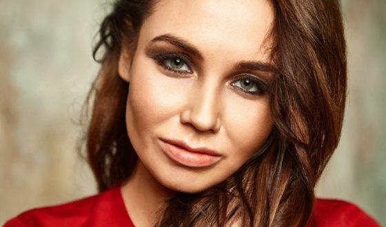 Ляйсан Утяшева опровергла разговоры о том, что у нее проблемы с Павлом Волей