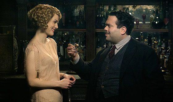 В «Фантастических тварях» Элисон Судол сыгралаКуинниГолдштейн