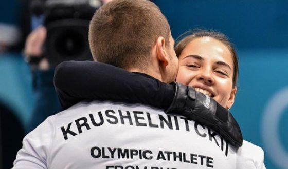 Curlingists Anastasia Bryzgalova and Alexander Krushelnitsky won bronze